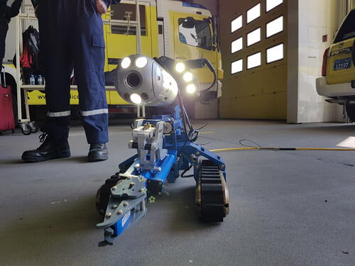 Abu Dhabi Police Search and Rescue SAR with VersaTrax ft. Manipulator